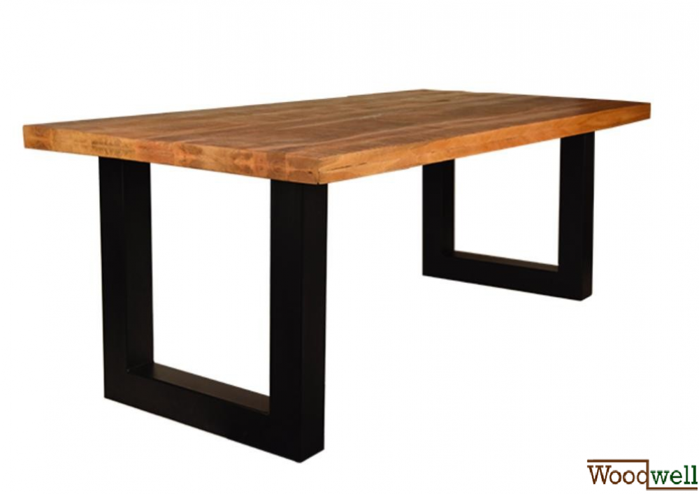 Dining table made of sturdy mango wood and metal frame
