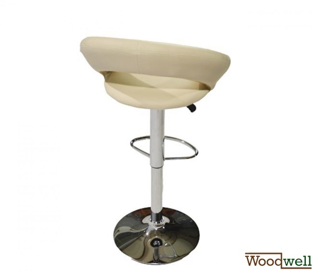 Bar stool with elegant design in cream and chrome frame